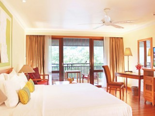 The Emerald Cove Koh Chang - Deluxe room at THB1,999 / night  incl. ABF, Lunch and Dinner