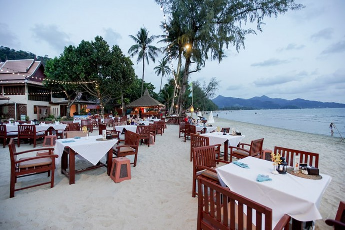 koh-chang-paradise-hill-deluxe-room-pool-side-view-big-3