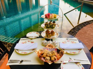Family Package with Afternoon Tea by the Pool | lebua at State Tower
