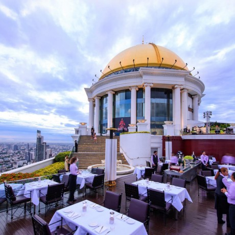 family-package-with-afternoon-tea-by-the-pool-lebua-at-state-tower-big-1