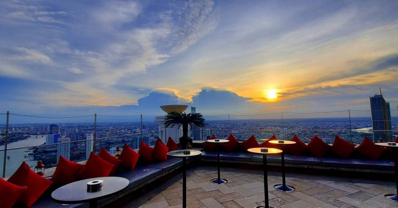 family-package-with-afternoon-tea-by-the-pool-lebua-at-state-tower-big-2
