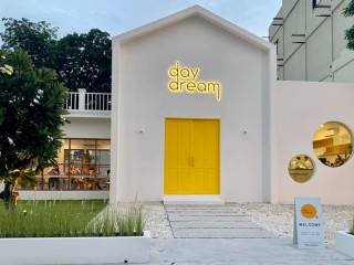 Daydream cafe Chonburi - Homemade ice-creams and beverages