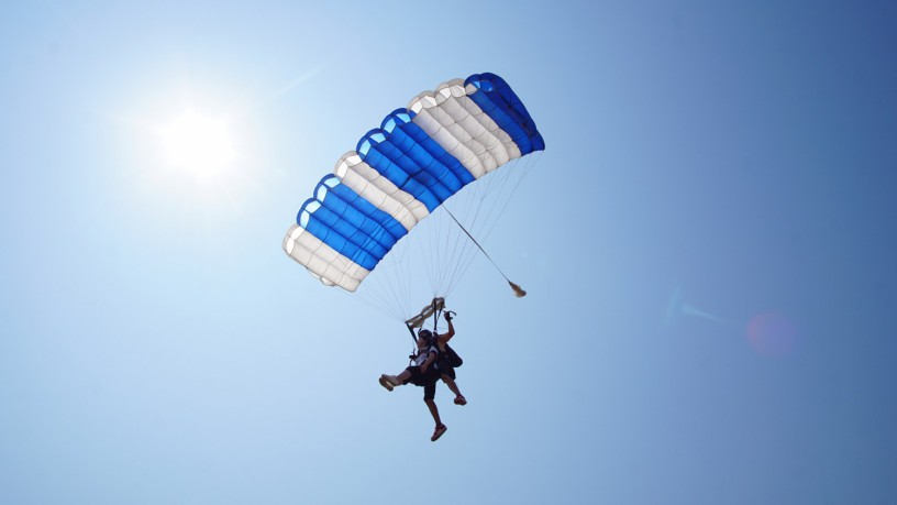 skydive-thailand-package-tandem-skydive-gold-camera-package-big-3