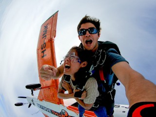 Skydive Thailand (Package Tandem Skydive + Silver Camera Package)
