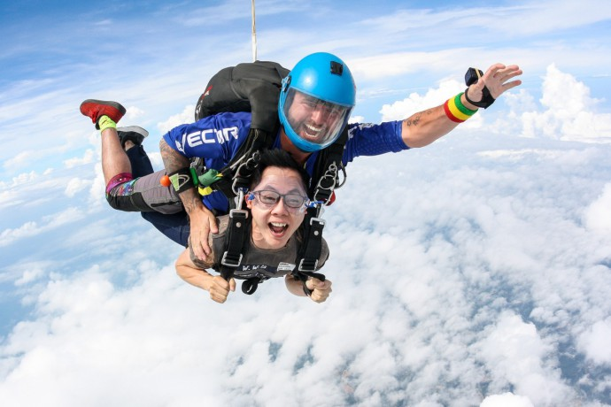 skydive-thailand-package-tandem-skydive-silver-camera-package-big-1