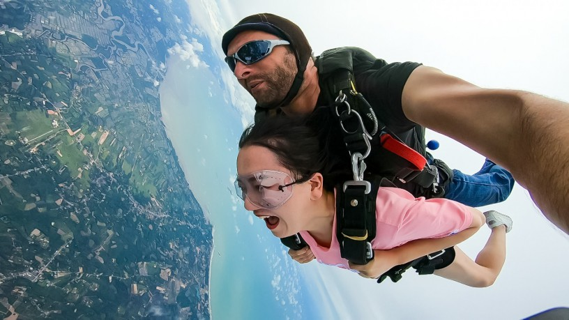 skydive-thailand-package-tandem-skydive-silver-camera-package-big-2