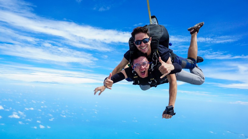 skydive-thailand-package-tandem-skydive-silver-camera-package-big-3
